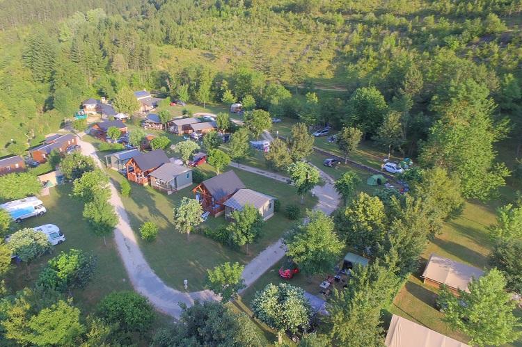 drone-camping-la-Cascade-Lozere