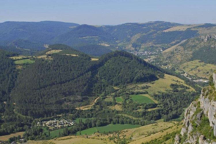 vue-causse-camping-la-Cascade-Meyrueis