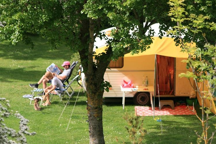 caravane-camping-la-cascade-Lozere