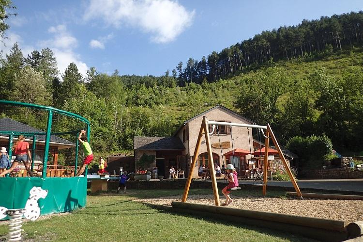 jeux-camping-la-cascade