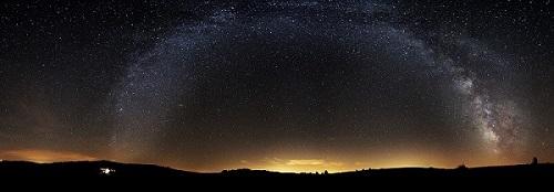 panoramique-Voie-lactee-camping-la-Cascade